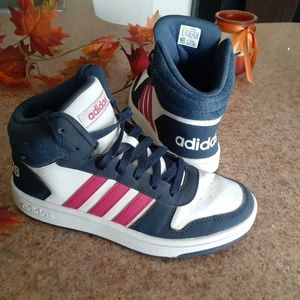 Adidas hight top size 5.